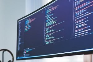 What's the Difference Between Software Engineering and Software Development